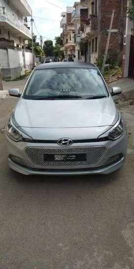 Hyundai i20 2018 Petrol 33000 Km Driven