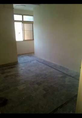 Rooms and flats 4 Rent