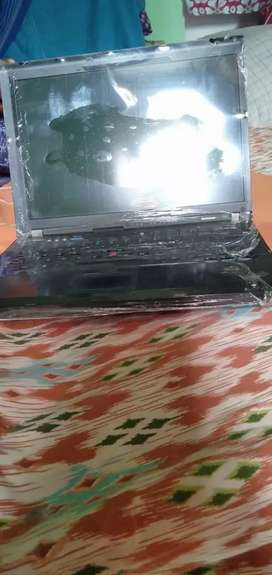 Lenovo Thinkpad T61  Windows 7 ultimate 2 ram 32 GB