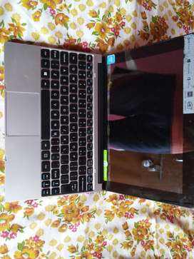 Two in one laptop (acer)