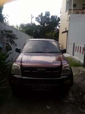 Dijual mobil Isuzu d max
