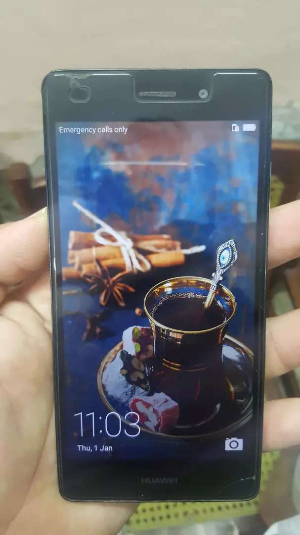 Huawei p8 lite 2gb ram 16 GB memory. With all accessories  and box. 0