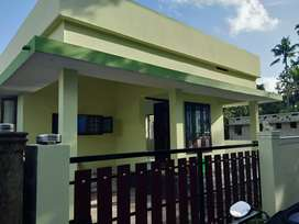 2 bhk 800 sqft 3 cent new build house at aluva near malikampeedika