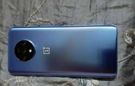 ONEPLUS 7T AVAILABLE WITH ALL ACCESSORIER AND WARRANTY ALSO AVAILABLE