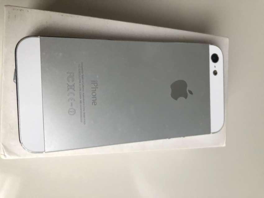 Iphone 4 dan Iphone 5C 32 Gb