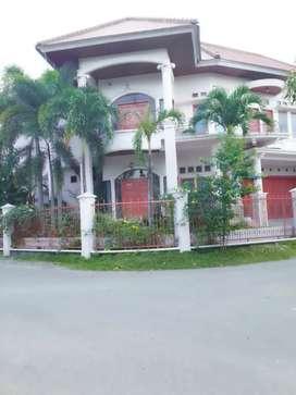 Dijual rumah mewah harga Rp 3.3 M ( nego)