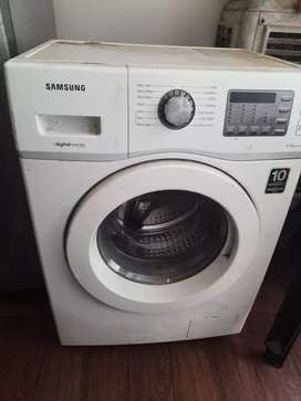 Samsung front load washing machine 4 yrs old