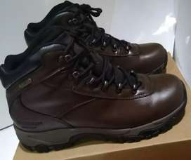 Sepatu hitec hiking gunung altitude v i wp size 42 coklat tua