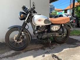 Kawasaki w175 bagus km baru jalan 2ribuan