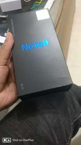 Galaxy Note 8 dual sim, box charger n expired warranty card