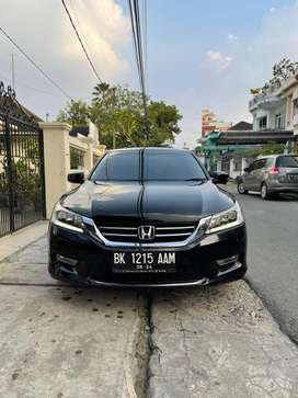 Honda Accord VTiL 2014 A/T