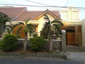 Rumah dijual deket masjid Agung Al Akbar