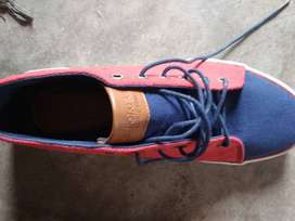 U S POLO branded sneakers