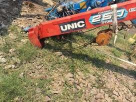 Crane 2,5 ton build up kaki pendek