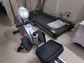 Fitness World Bravo Foldable Rowing Machine With 8 Levels