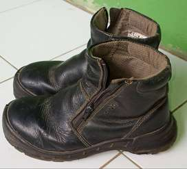 Sepatu King / Proyek