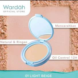 WARDAH LIGHTENING POWDER FOUNDATION LIGHT FEEL