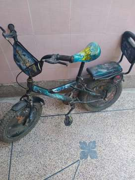 Mountain kids bicycle in good condition 9/10