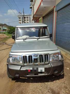 Iwant to sell Mahindra Bolero 2010 Diesel Well Maintained