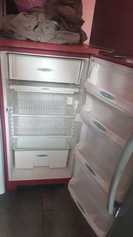 Purane Freez ka maha sale 2800 me chalu freezle
