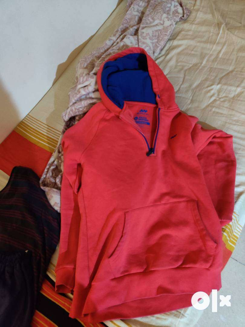 Pink sweatshirt 0