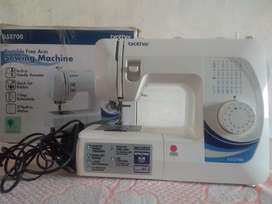 portable free arm sewing machnine