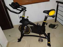Spinning bike pedro sports