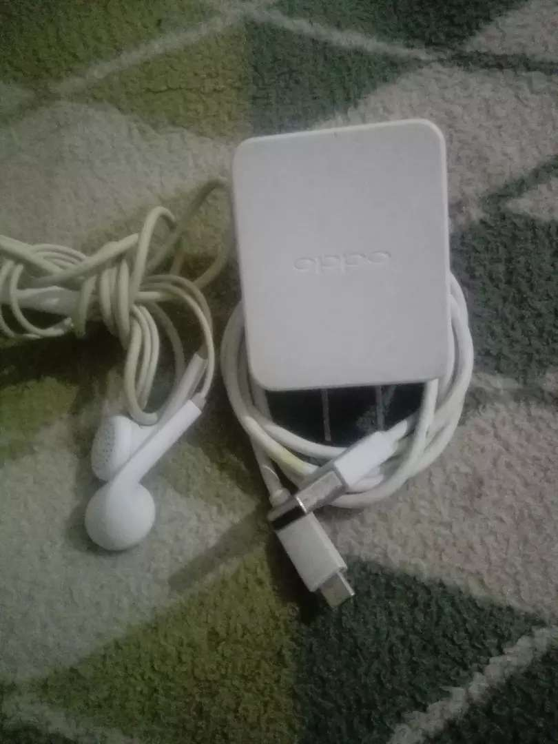 Oppo. F3. Ka orgnial charger orgnial handfree 0