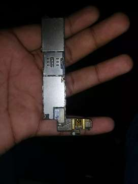 IPhone 4 board and assarise