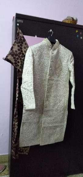 Manyawar sherwani for men. Size 40