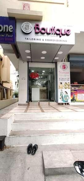 Shop maintanance & Reciption
