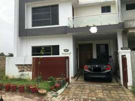 5 Marla Beautiful house in B-1, Bahria Enclave for Sale
