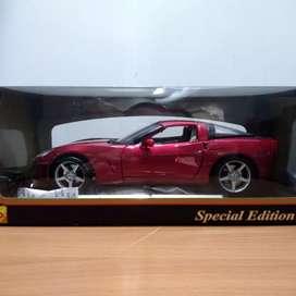Chevrolet Corvette Coupe 2005 Skala 18