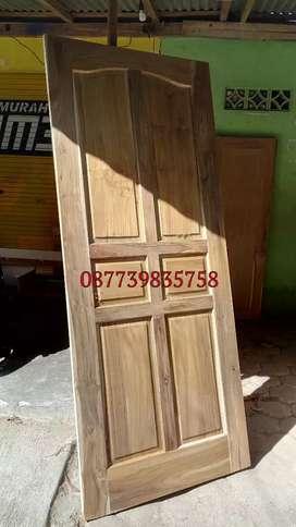 Kusen dan pintu jati