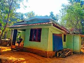 10 cent land including house for Rs. 16, 00, 000