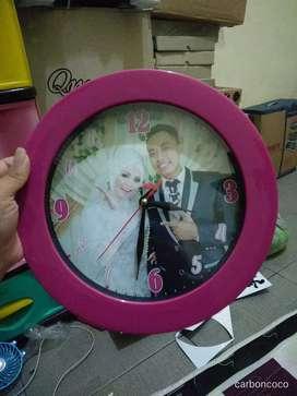 Jam dinding gambar custom