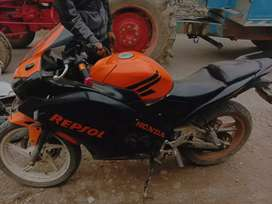 Cbr 150 aswm condition with good millage of 35+