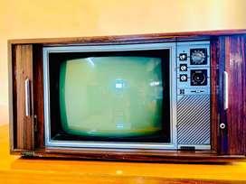 Salora Tv -Vintage shutter Tv