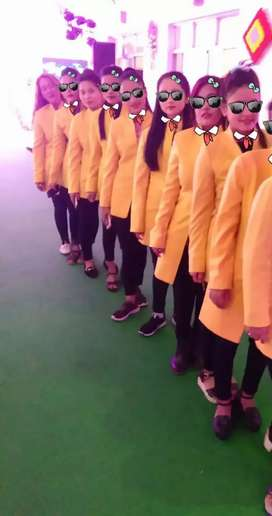 Girls event hostage ki jarurt h prayagraj me