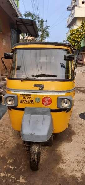 Ape diesel auto (passenger vehicle)
