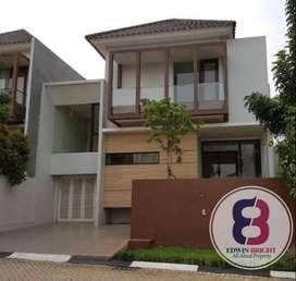 Rumah di Kebayoran Village Sektor 7 Bintaro Jaya Hoek Baru Rapi Cantik