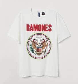 H&M Divided Ramones Tshirt