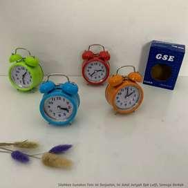 Jam Meja Alarm CH101