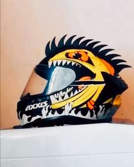 I need to sell a Helmet Axxis