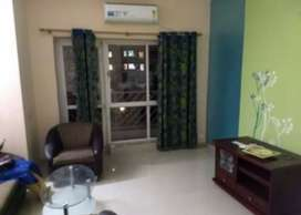 3 bedroom semi furnished flat for rent in uniworld city
