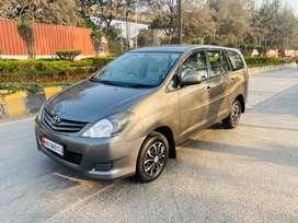 Toyota Innova 2.5 GX (Diesel) 8 Seater, 2010, Diesel