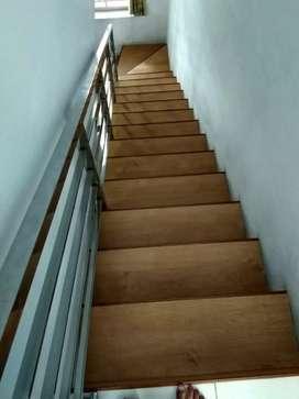 vynil lantai tangga
