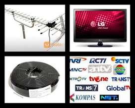 Teknisi Pasang Sinyal Antena Tv Digital