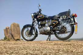 Royal Enfield Old Bullet - Cast iron Engine