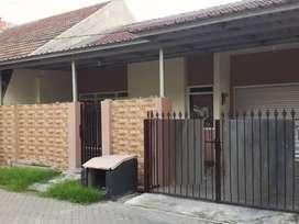 Di bawah 1,6M rumah Pondok Candra luas bersih